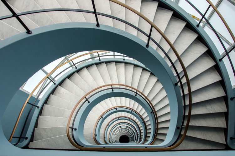 Found this cool stairs in Antwerpen Architectural Feature Architecture Architecture_collection Architecturelovers Art Is Everywhere Built Structure Built_Structure Circle City City Life City Street Citylife Hand Rail Indoors  Life Lifestyles Spiral Spiral Staircase Stair Staircase Stairs Stairs_collection