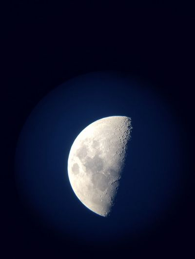 Moon Astronomical Telescope 結構綺麗に撮れましたー♬*゜ Beautiful Moving Love Sky <3 Iphone6camera