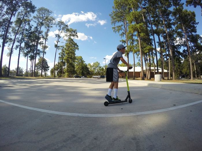Conroe Texas Scooter Park Trees Landscape Fun