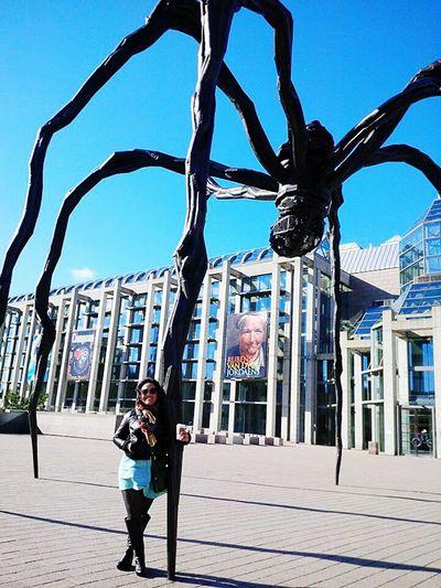 Ottawa Canada Spider National Gallery Of Art Fashionable Fashionista Fashion