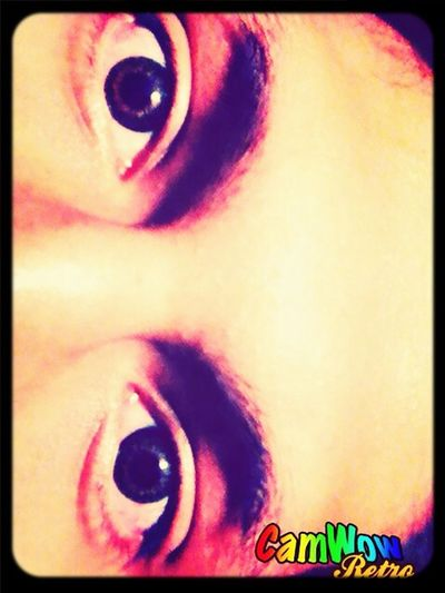 I love my eyes :) are greens and tomorrow it'll be browns :)