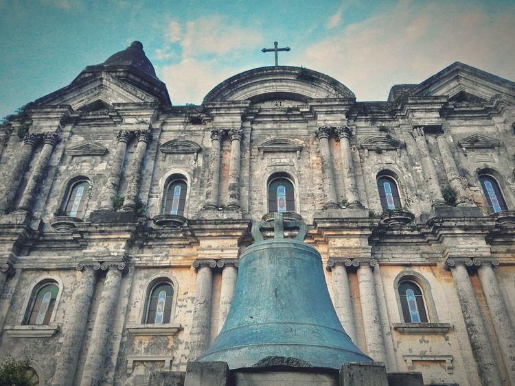 It's been almost 1 and a half year since ive been on this majestic church. The antiques, houses and history, belief helped and made me appreciate whats in store and offer by our rich filipino heritage. The old is more like the fresh look thing these days. Eyeem Philippines Snap Life Getting Inspired Reminiscing Winding Down EyeEm Gallery History Through The Lens  Old Photos With History Notes From Underground