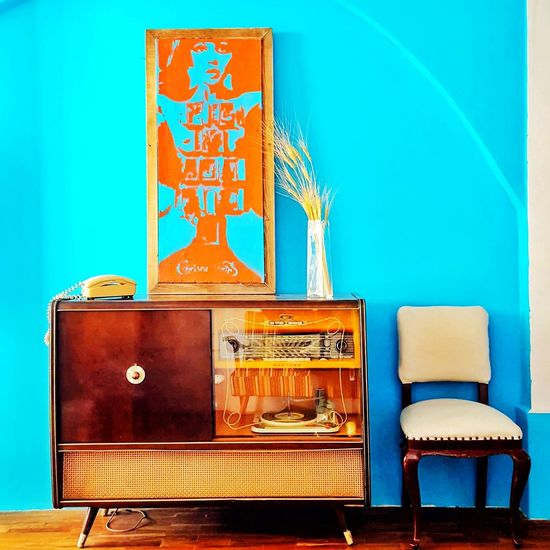 my old school spot Chair Radio Old Vintage Turquoise Turquoise Colored Paint Vignette Wooden Retro Styled Old-fashioned No People Suitcase Indoors  Close-up Day