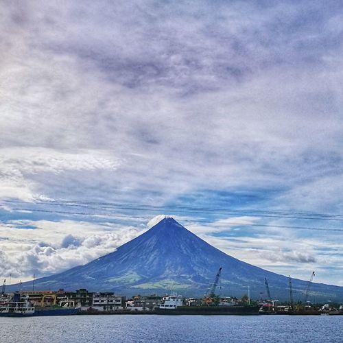 Mayon Volcano... Beauty In Nature Travel Destinations Majestic Albay,bicol