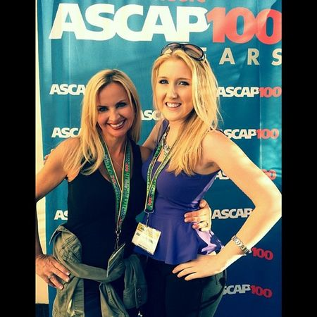 Having a ton of fun at the ASCAPEXPO with the talented @nitaneeparis :) Songwriters Wemakemusic
