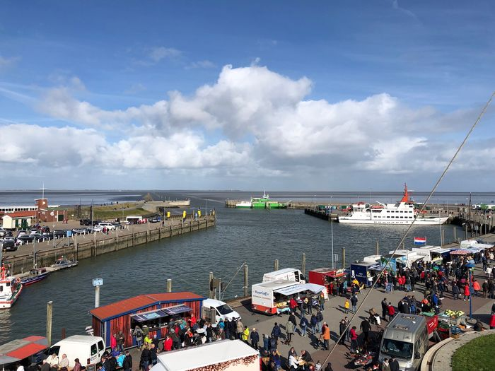 Nordsee Erntedankfest Markt Urlaub Crowd Group Of People Sky Cloud - Sky Water Large Group Of People Sea Real People Day Nature Architecture High Angle View Nautical Vessel Transportation Mode Of Transportation City Beach Building Exterior Outdoors Sailboat