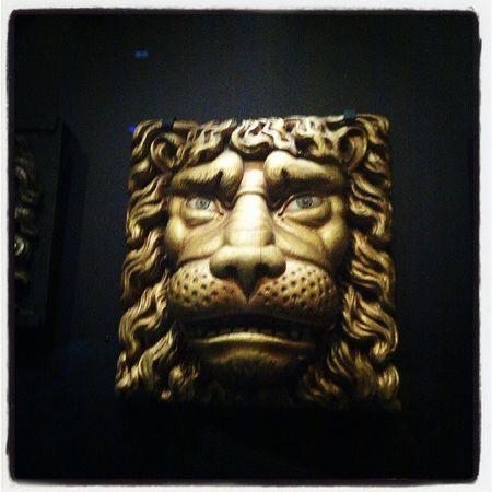 Scheepvaartmuseum Lion Gold Animals sculpture art ancient