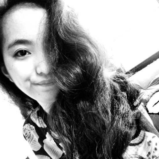 Hello? Yes, it's me😂 Portrait Half Face Half Of Me Black And White Black And White Portrait Black And White Photography Monochrome