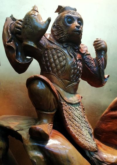 EyeEmNewHere Statue Sculpture Indoors  Adult People Day Ancient Civilization One Person Close-up