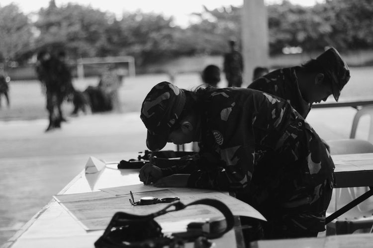 You can do it. You are not alone. Army Army Soldier Focus Focus On Foreground Learning Live For The Story One Person People