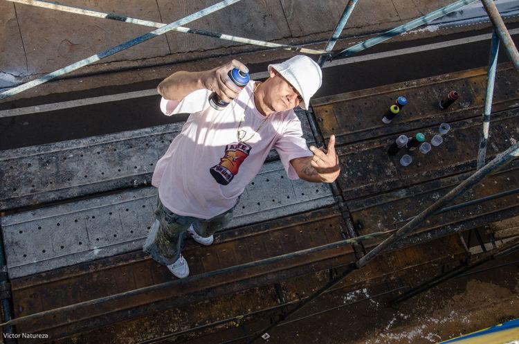 Poeticadacidade Streetart Fotodocumental Documentaryphotography Multi Colored Street Photography Streetphoto Sombra Luz Sol City Streetphotography Pecks ASL Graffiti