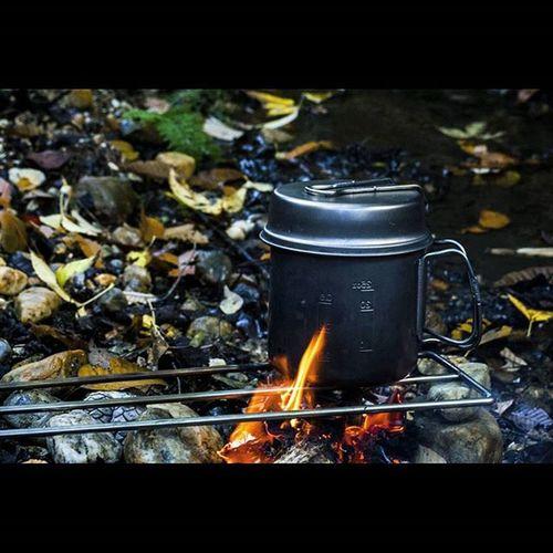 焚き火 Bonfire 小渓流 直火 Camping Outdoor Nature キャンプ