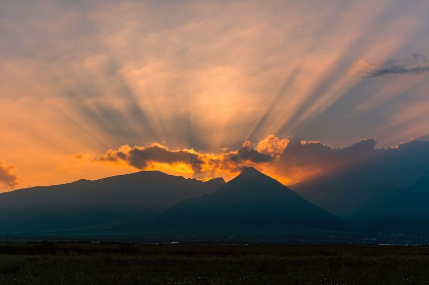 Sunset Mountain Scenics Beauty In Nature Sky Nature Mountain Range Cloud - Sky Dusk Landscape Tranquil Scene Tranquility No People Outdoors Day Hawaii Maui