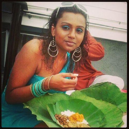Seven Curry in style!!! TBT  Throwbackthursday  Indiangal Wukupdicurry wukupdilarki sevencurry bananaleaf pooja bhojan blessed stylish hindu prayers guyanese lash