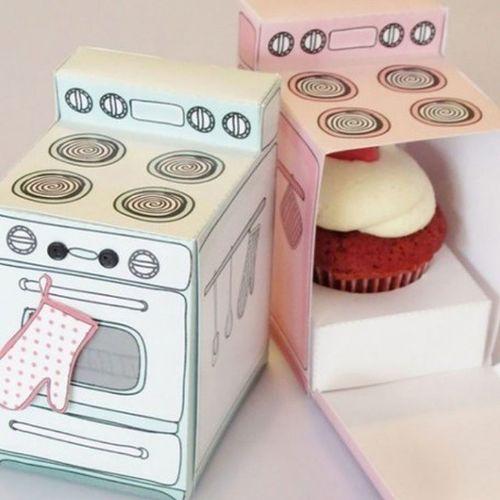 Basit ve yaratici ticari zeka budur... Niyetiniz yoksa da alirsini, hediye edersini vs vs Cupcake Muffin Ticaret Satis pazarlama creative trade shopping instafood color