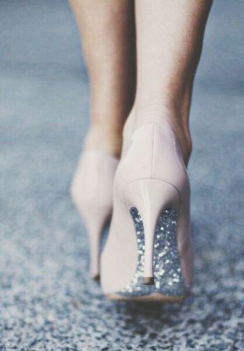 Style Street Fashion. Glitter!!!! High Heels #style