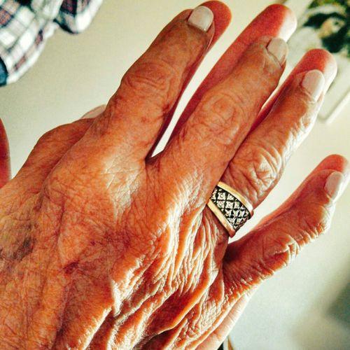 29 años con la mejor madrina. Te amo Granny . RespectYourElders . 92 & 29 .