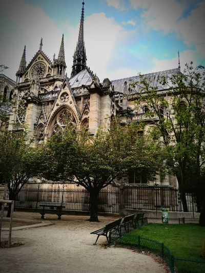 Notre Dame De Paris Eglise Cathedrale Church Religious Architecture Religious Icons Famous Church Hanging Out Streetphotography Monument Architecture Paris Tourist Tourist Attraction  Tourism