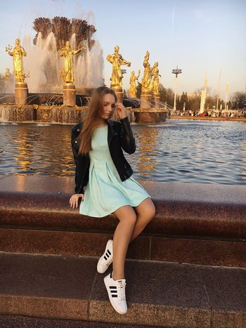 Real People Travel People Sky Moscow Popular Photos Popular Hello World Russia Beauty Beautiful Beautiful Nature ❤❤❤ 😍😌😊 Long Hair Blond Hair One Person Beautiful Woman Pretty Girl Love ♥ Loveis Women Looking At Camera Portrait Warm Clothing