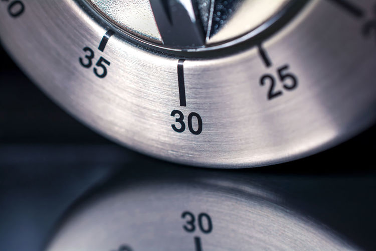 30 Minutes - Macro Of An Analog Chrome Kitchen Timer With Dark Background And Reflection 2⃣5⃣ 30 35 Countdown Reflection Aluminum Black Chrome Counting Down Digital Art Egg Timer Hours Kitchen Metal Metallic Minutes Number Seconds Silver  Thirty Thirty-five Time Timer Twenty-five
