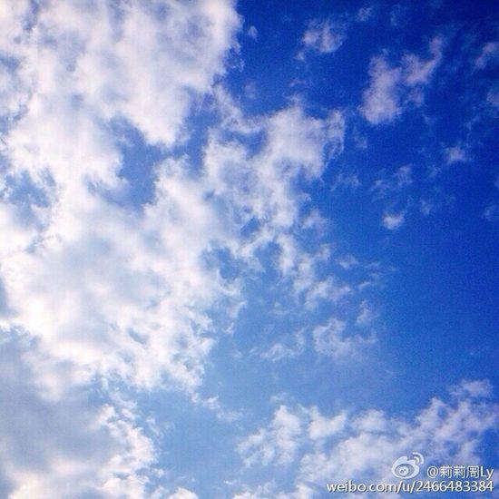 喜欢蓝天白云,可惜现在越来越难找到这么干净的天空