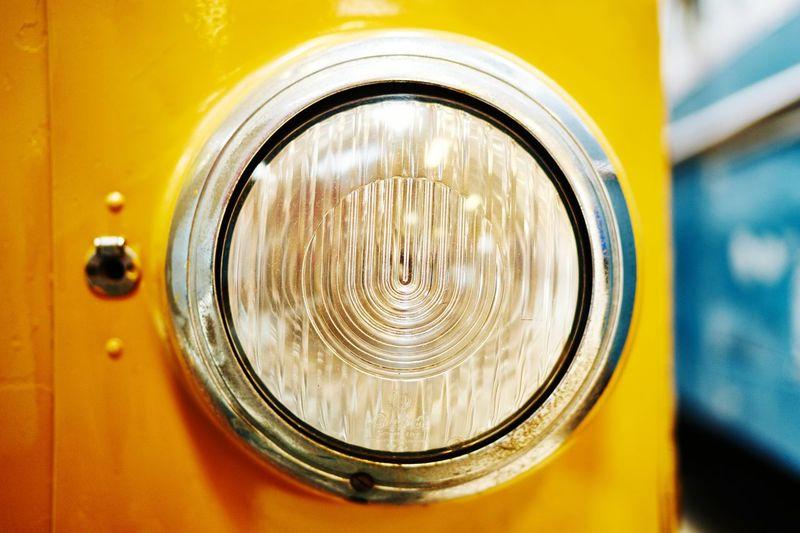 Yellow Old Light Closeup Dof Depth Of Field Buss