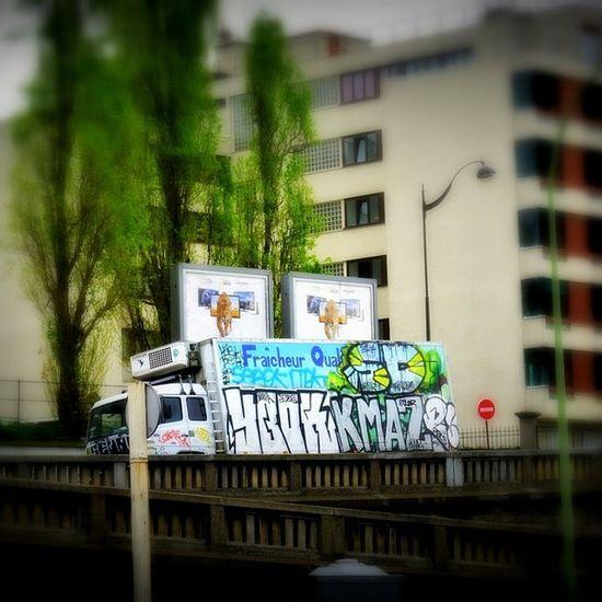 Périphérique Montreuil  Paris Streetart