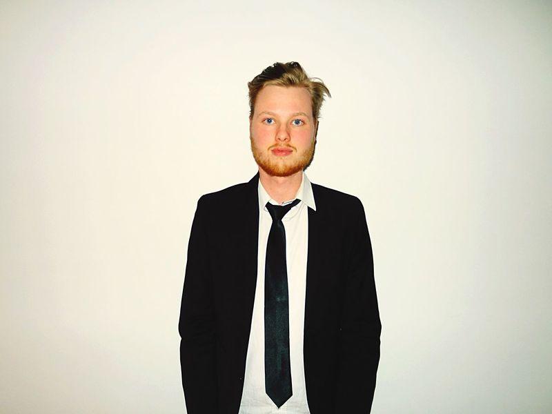 Portrait Of A Friend Suit Beard Leiden EyeEm Sony Cybershot Tie Model Modeling