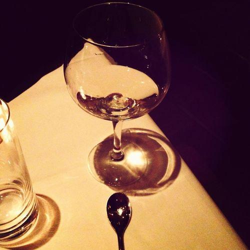 Oh la la.. C'est glassware and spoon francais!! Bien!!