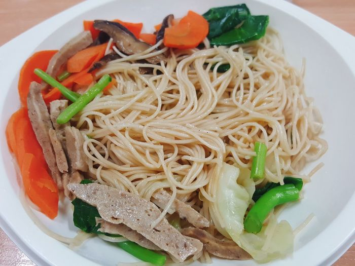 Vegan day with stired frie noodle Ready-to-eat Food And Drink Freshness Serving Size Healthy Eating Temptation Gourmet Healthy Lifestyle Vegan Food Vegetables Vegetarian Food VEGANLIFE