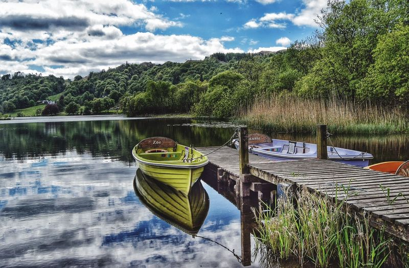 Another picture from by the lake side at Grasmere. Such a lovely place. Taking Photos Relaxing Reflection Malephotographerofthemonth EyeEm Nature Lover Beauty In Nature Photography Is My Escape From Reality! Tranquility Tranquil Scene The Lake District  Countryside Cumbria Lakedistrict Grasmere