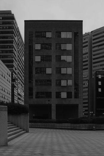 Centro direzionale_serie verticale