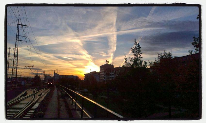 Sonnenaufgang Bahn Nofilter