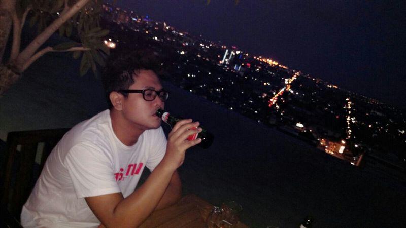 Chill Out Drinking Beer Nightlife BoysBoysBoys Enjoying Life HelloEyeEm Helloworld I ❤ Beer