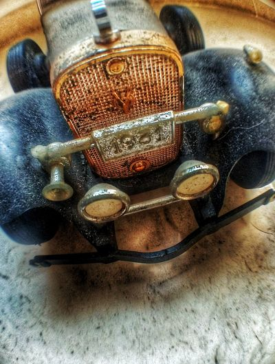 vintage car toy 19#1 Photo Photography Themes Photography Xiaomiphotography Car Toy Beautiful Art Vintage Vintage Cars Table High Angle View Close-up Things That Go Together Pair Retro Bolt EyeEmNewHere