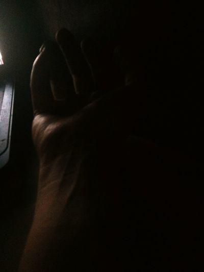 Veins Hand Dark Tired Poison Veinsisshowingthroughmyskin there's a poison in my veins?