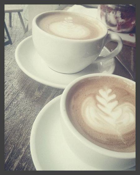 Gemischtes Doppel. Coffee Cafe Latte Espresso Flat White