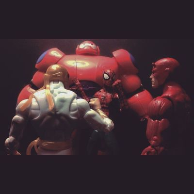 """Spidey-""""Guys..i found our replacement for hulk!"""" Iron fist-""""This is incridible! Welcome you shall make a honorable member of the team"""" Daredevil-""""who is it?"""" Marvellegends Hasbro Disney Infiniteseries Mcu BANDAI Baymax Spiderman Daredevil Ironfist Figurelife Figurecollection Collector Collection Actionfigures Articulatedcomicbook Comics Tcb_flyupandaway Figures Netflix Bighero6 Nerd Thedefenders Mattmurdock Marvelentertainment amazingspiderman baf pixar"""