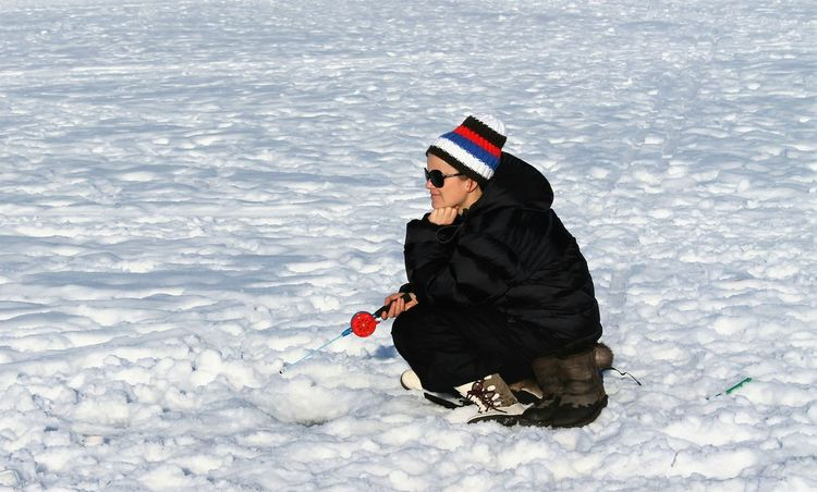 fishing!! Inthesea Frozen Nature Oslo Fjord Winterscapes Wintertime NorwayCold Temperature Sea Day Nature Winter People Outdoors Adults Only Winter_collection oslo fjord Icefishing