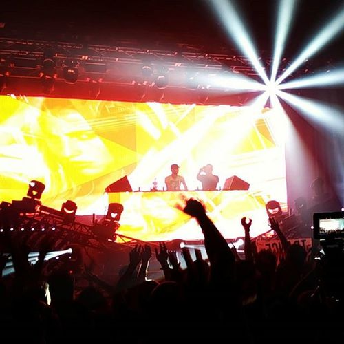 The Sound Academy has been littered with the chalk outlines of Trance Family by Cosmicgate as we StartToFeel
