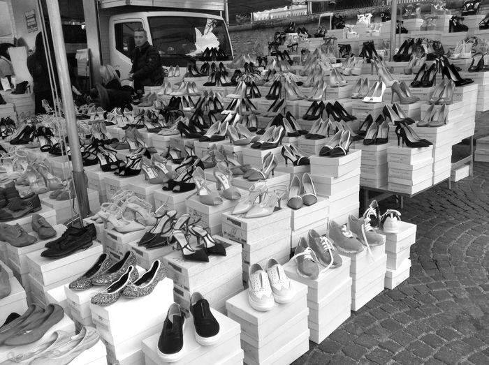 Shopping Shoes <3 Marketplace Ambulans Streetphotography Bnw_life Bnw_worldwide