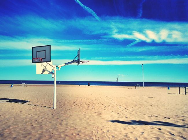 Basketball Basketball Hoop At The Beach Valencia, Spain Eyeem Photography The Week Of Eyeem Showcase: February Travel The World Eyeemphotography Taking Photos BasketBallneverStops Beautiful Day Life Is A Beach Sand & Sea EyeEm Best Shots PicturePerfect PhonePhotography Mobilephotography Samsungs6edge+