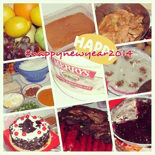 Pagkain 2014 Fruits Lecheflan pork palabok merrys sapinsapin blackforest bbq blueberrycheescake paandar latepost memainsta memapost