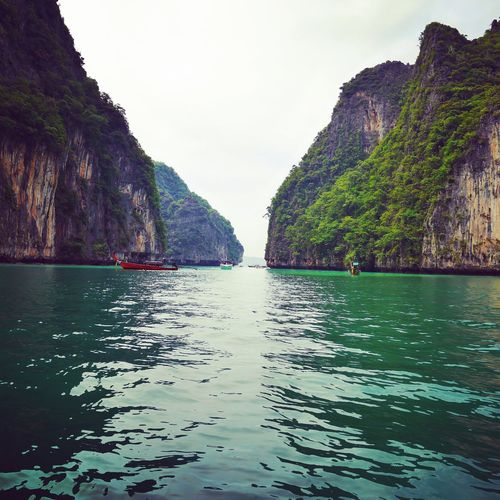 Phiphi Phiphiisland Koh Phiphi Thailand Beautiful Bay Green Travel Ocean