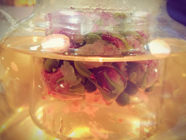 Tea Time Tea This Moment Beautiful Rose Tea Rose - Flower Roses Relaxing Moments Relaxing Time Flesh Pure Beauty Pink Flower Pink Color Have A Nice Day♥ Warm Colors Flowerlovers Flowers Tea Rose In A Glass Romantic Tonight Tonight❤ Beauty❤ Colour Of Life
