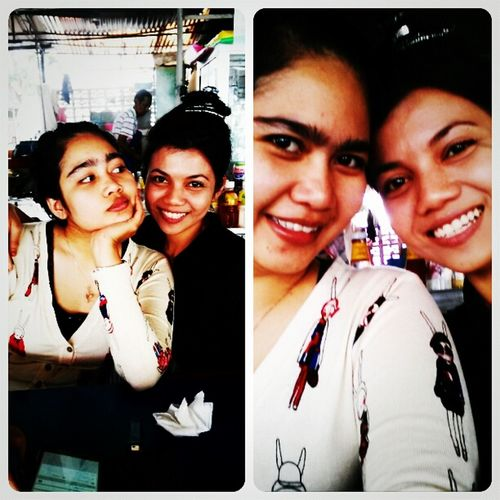 Kedaipakcikawesome Interframe Lunche Time  see how mess with bun hair! so bad day.. =..=' @lianalockas eat with stressfull.done for today lalala