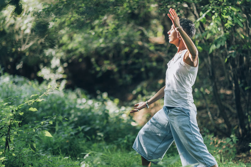 In balance with nature - mindful practice of giving and receiving energy through nature