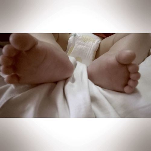 Vicente Piesitos Vida Bebe Amor Recién Nacido