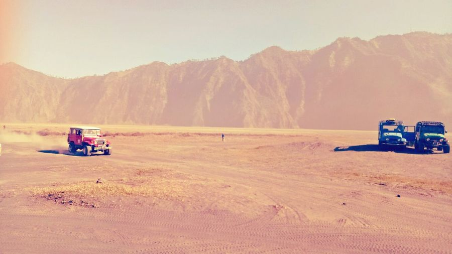 hardtop Hardtop Bj40 Oil Pump Sand Dune Desert Sand Mountain Camping 4x4 Off-road Vehicle Sky Landscape