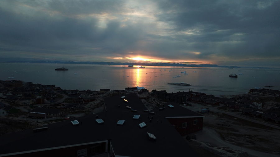 The sun is setting, another goodbye to another day. Djimavicpro EyeEm Best Shots EyeEm Best Shots - Nature Icebergs Ilulissat Ilulissat Icefjord Nature Nature Photography Sunset_collection The Real Greenland This Is Greenland Dji Iceberg Nature_collection Sunset